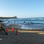 Early morning surf class (not me)